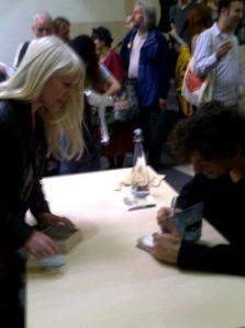 Neil_Gaiman_signing_British _Library
