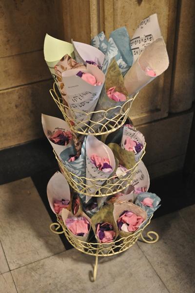 Confetti_KJKHart_wedding_04052010